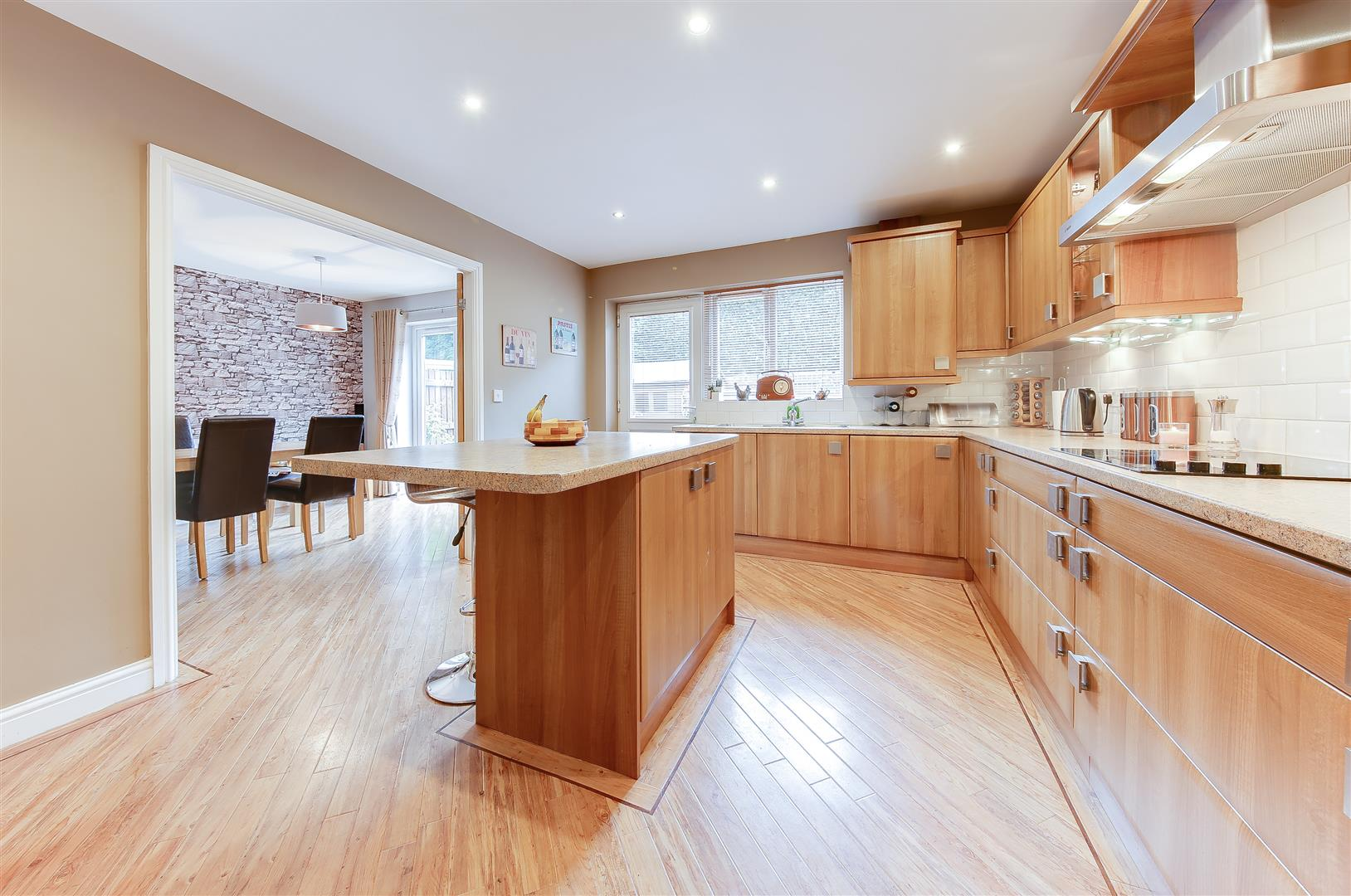 4 Bedrooms Property for sale in Victoria Court, Haslingden, Rossendale
